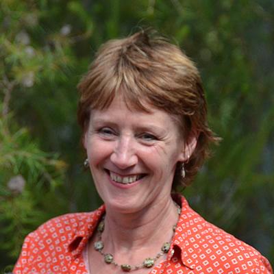 Dr Annie McCluskey